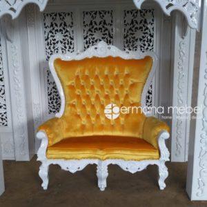 Sofa Syahrini Duco Putih