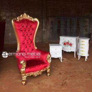 Kursi Princess Syahrini Gold