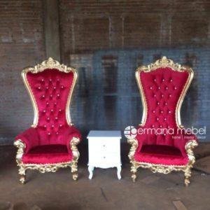Kursi Princess Syahrini Merah
