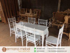 Meja Konsule dan Kursi Tiffani Putih