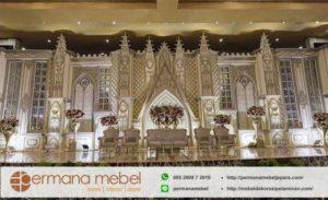 Dekorasi Pelaminan Karet Istana