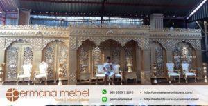 Set Dekorasi Pelaminan Maroko Full Gold