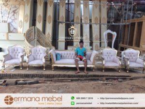 Set Kursi Pernikahan Model Terbaru