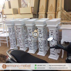 Pot Vas Bunga Pelaminan Ukir Putih