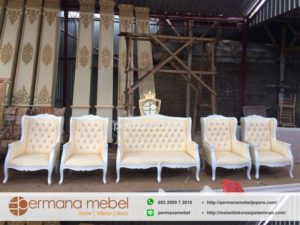 Kursi Pelaminan Set Wingchair Putih