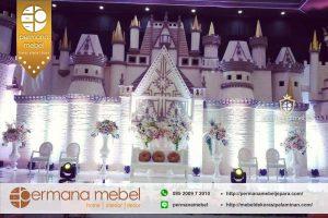 Dekorasi Pelaminan Karet Spons Istana Terbaru