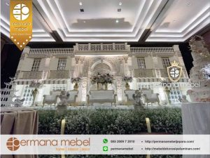 Dekorasi Pelaminan Gedung Mewah Karet Spon