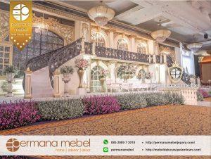 Dekorasi Wedding Pelaminan Karet Tangga Tingkat Gedung Mewah