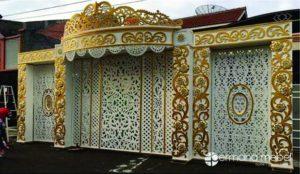 Dekorasi Pelaminan Minimalis Gold