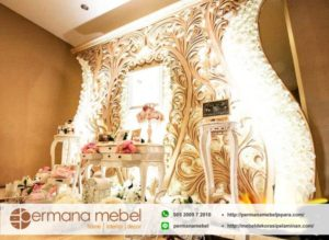 Photo Booth Pelaminan Ukir Klasik Mewah Karet