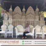 Dekorasi Pelaminan Timur Karet Mewah