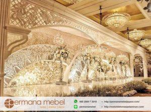 Dekorasi Pelaminan Ukir Karet Gedung Mewah