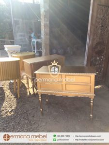 Meja Kotak Uang Ampao Resepsi Gold