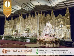 Pelaminan Pernikahan Istana Kastil Karet