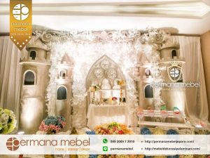 Photobooth Pelaminan karet Istana Castle