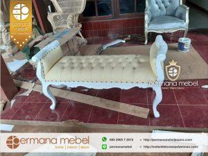 Stool Bangku Dekorasi Pengantin Duco Putih
